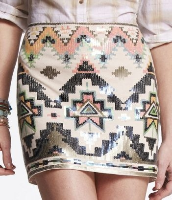 Aztec clothing 2012 can wear the aztec style