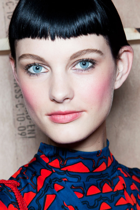 2012 Fall Makeup and Beauty Trends 9