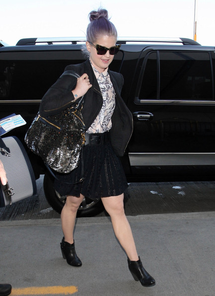 Celebrity Style – Kelly Osbourne is Airport Chic