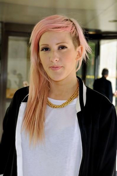 ellie gouldings half shaven hairstyle gets a light pink