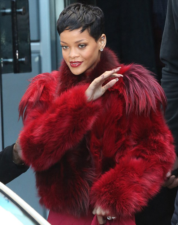 Celebrity Style – Rihanna Spotted In Daring Red Coat
