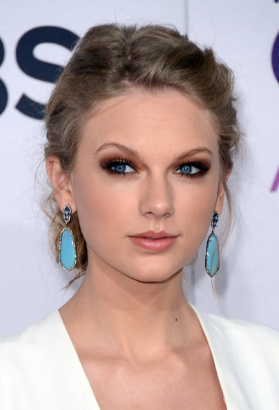 Best Hair and Makeup Looks From The 2013 People's Choice Awards