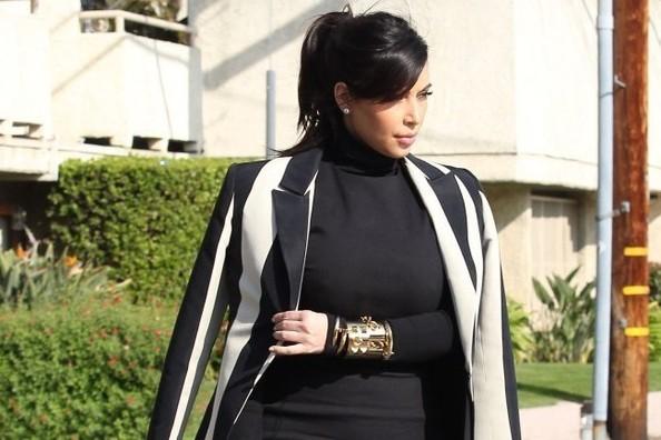 Kim Kardashian's Striped Blazer2