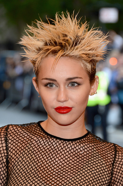 Met Ball Gala 2013 - Hot Hairstyle Trends, and Celebs Who Went Punk ( Punk Inspired Hairstyles ) 2