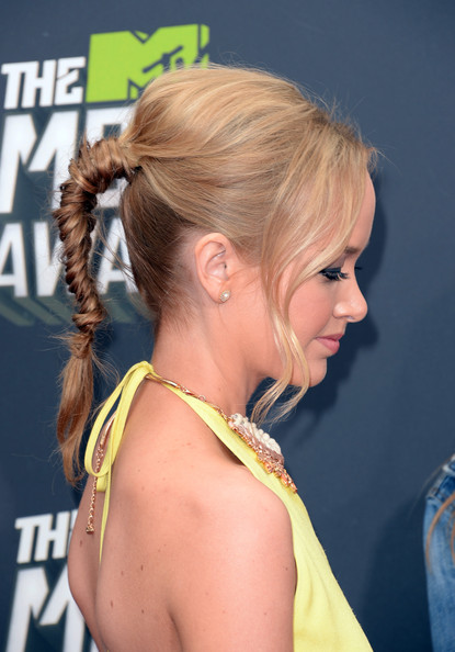 New Braided Hairstyles You Can Wear For Summer 5