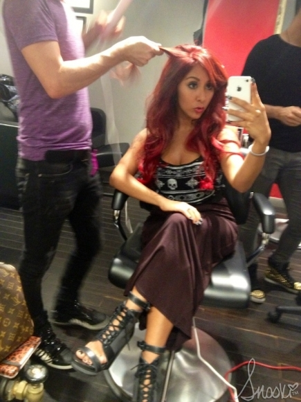 Nicole Quot Snooki Quot Polizzi Switches Up Her Look Once Again