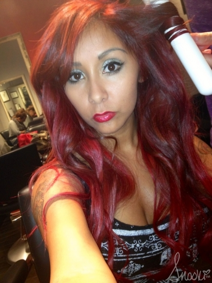 Nicole Snooki Polizzi Switches Up Her Look Once Again With New Red Hair Color 4