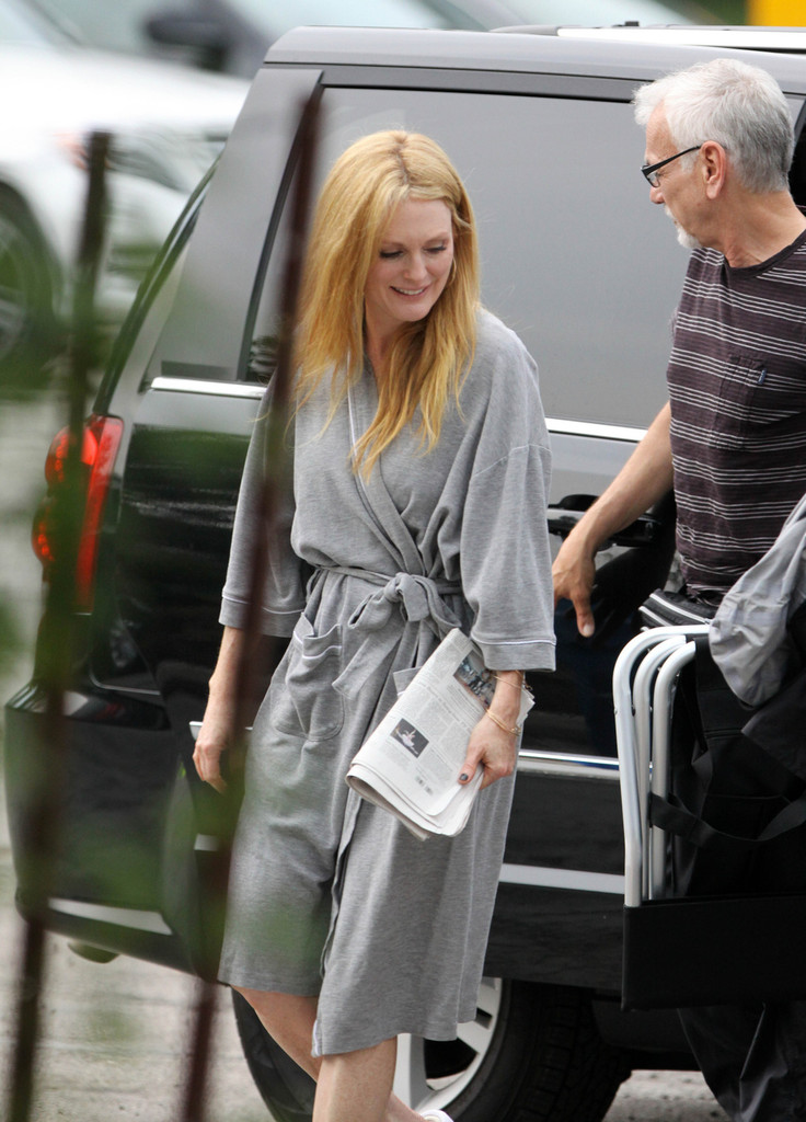 Julianne Moore Goes Blonde For New Movie Role