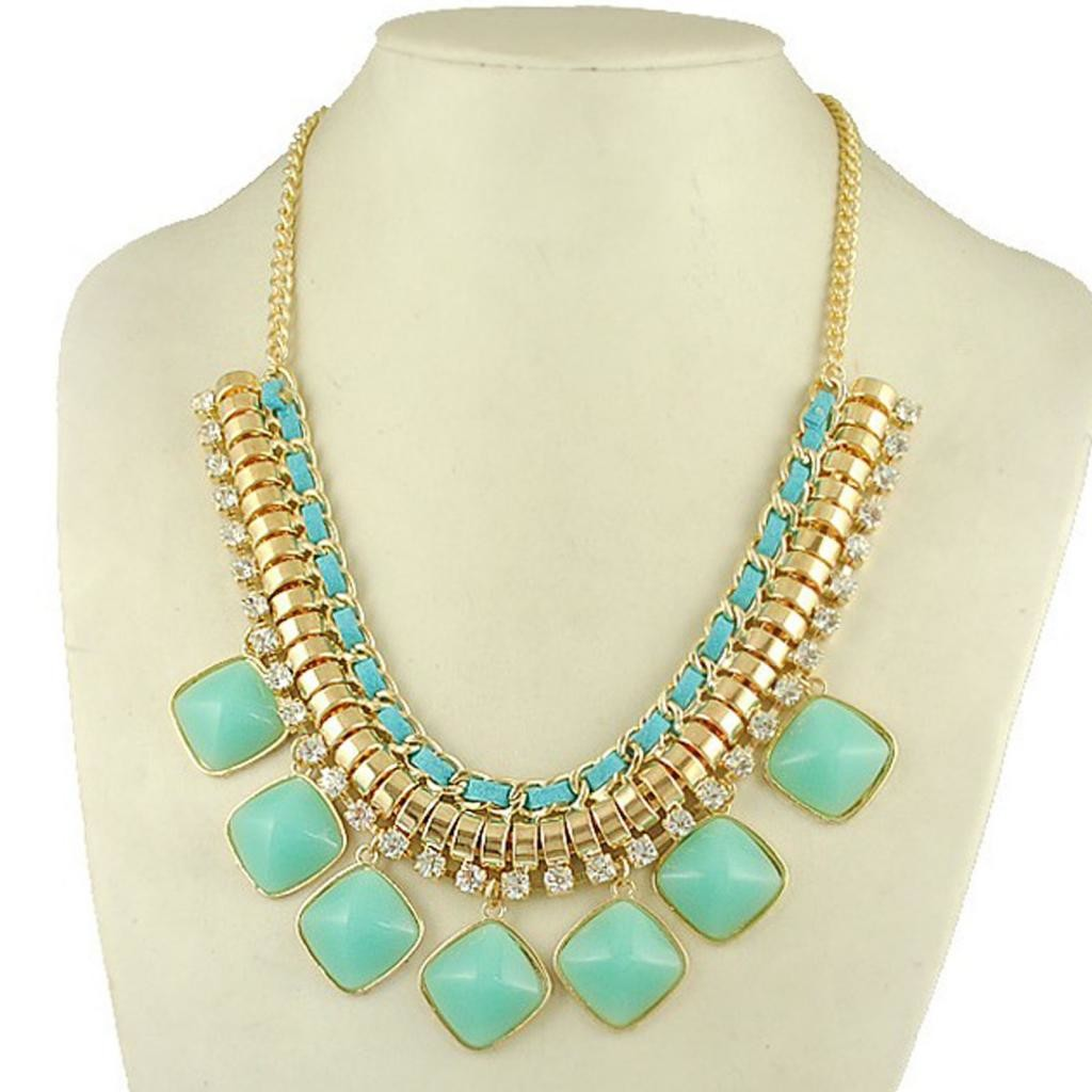 ... Trend Seeker Shop - Luxurious Turquoise Crystal Bib Statement Necklace