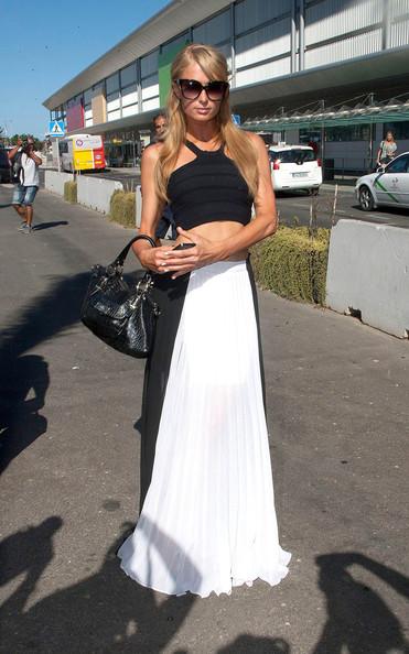 Paris Hilton Works The Crop Top Trend 3