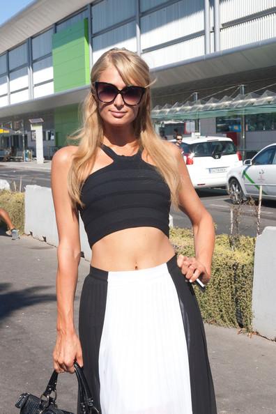 Paris Hilton Works The Crop Top Trend 4