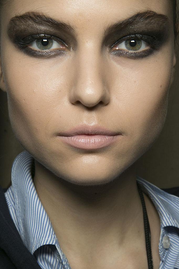 http://fashiontrendseeker.com/wp-content/uploads/2013/08/Fall-2013-Makeup-Trends-9.jpg