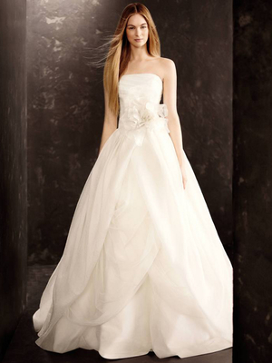 White by Vera Wang Fall 2013 Wedding Dresses 4