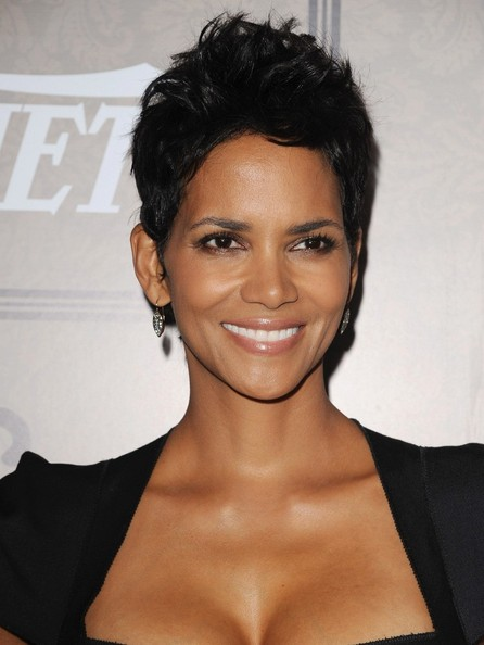 Celebrities With The Best Pixie Haircuts 5