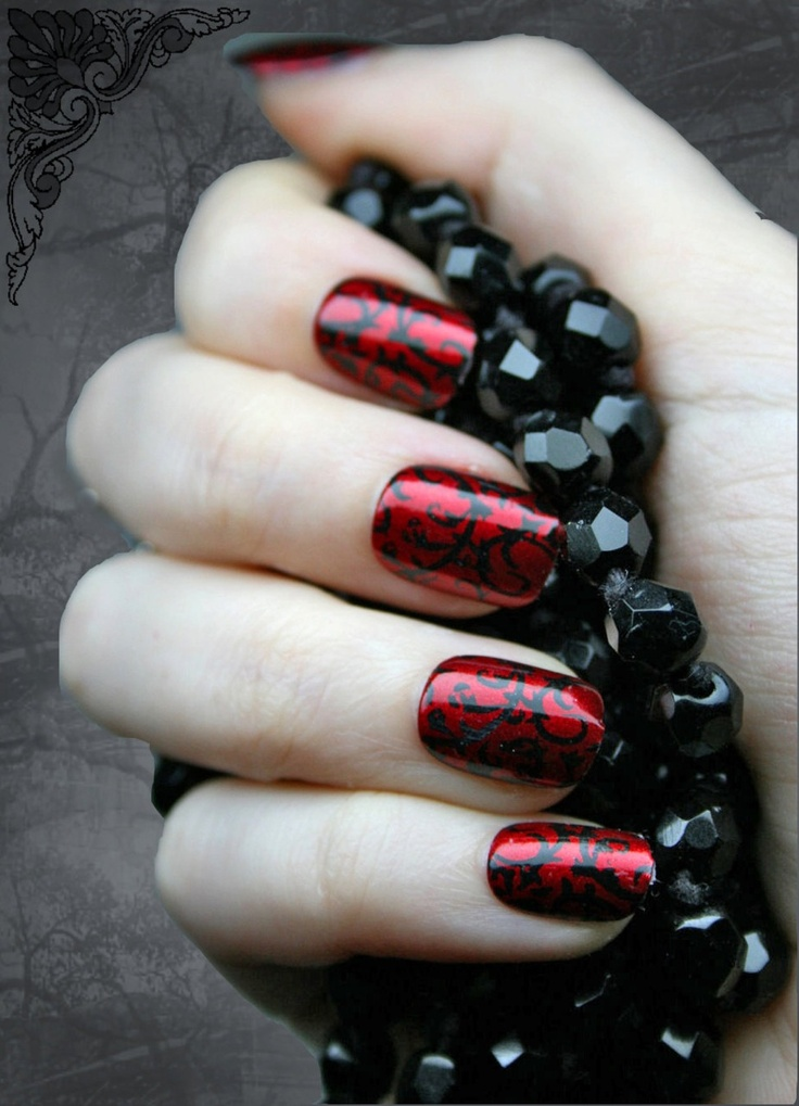 2013 Halloween Nail Art / Nail Polish Ideas