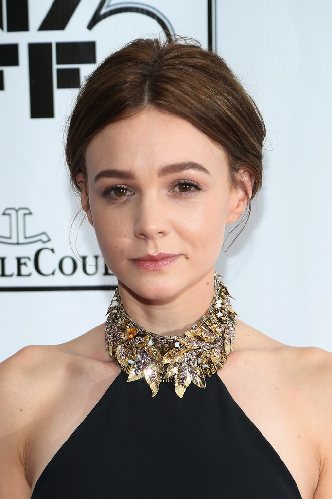 Carey Mulligan Switches Up Her Hair Color From Blonde To