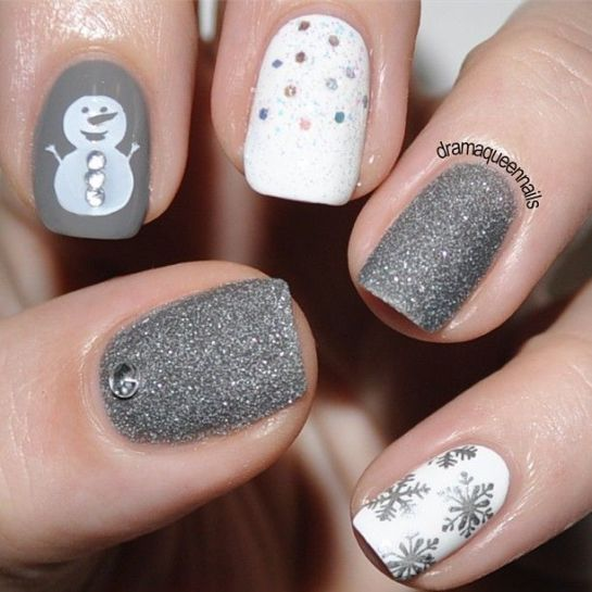 Holiday Nail Art Design & Ideas