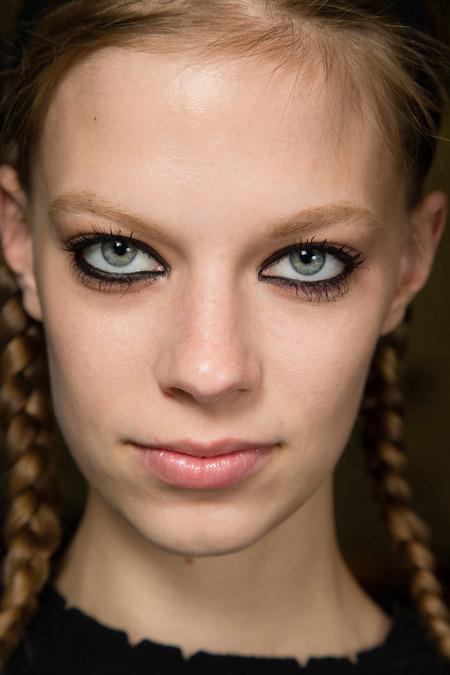 2014 Fall Makeup Trends - Bold Eye Makeup