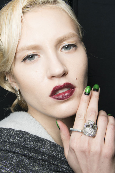 2014 Fall & Winter 2015 Nail Polish Trends 12