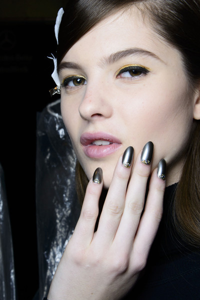 2014 Fall & Winter 2015 Nail Polish Trends
