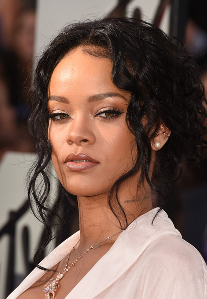 best hair and makeup from the 2014 mtv movie awards
