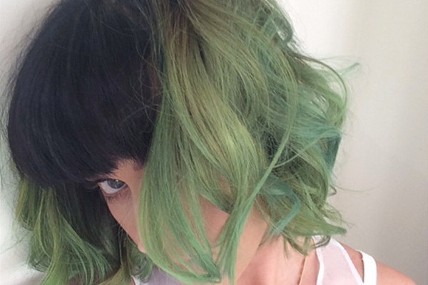 Fashion Trend Seeker: Katy Perry Shakes Up Her Look With New Green Slime Green
