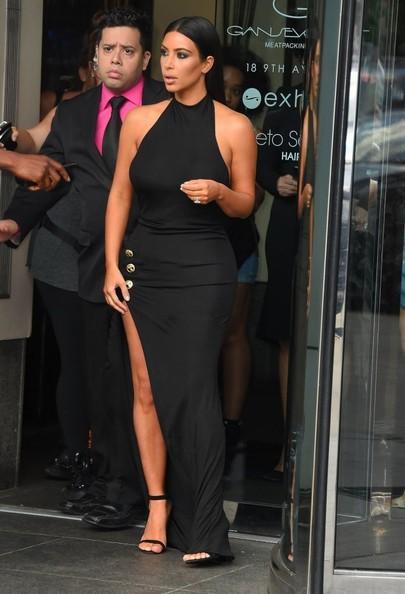 celebrity style black dress