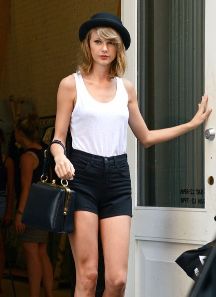 Celebrity Style - Taylor Swift Rocks Bowler Hat & Short Shorts