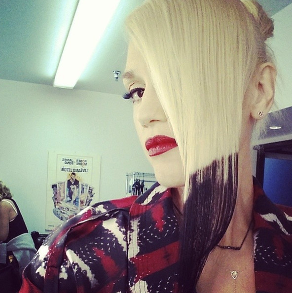 Gwen Stefani Switches Up Her Signature Blonde Locks With Jet Black Tips