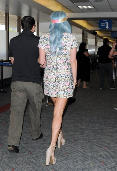 Kesha Now Has Blue Hair! Check Out Her New Blue Hair Color 3