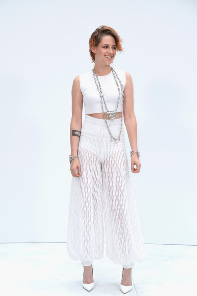 Kristen Stewart Shows Off New Cropped Haircut At Chanel Show 2