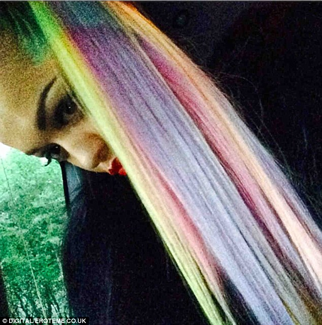 Rita ora shows off new rainbow cotton candy colored hair pmusecretfo Images