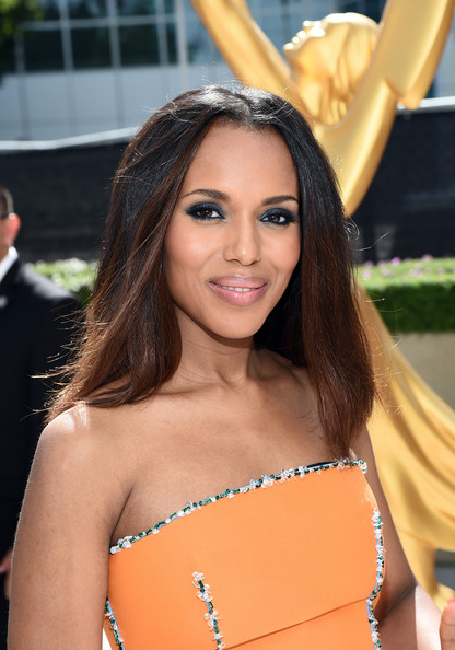 15 Beauty Looks We Loved From The 66th Annual Primetime Emmy Awards 8