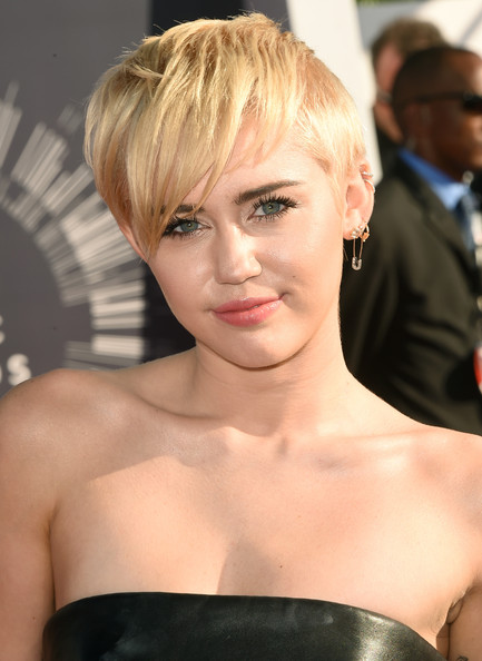 2014 MTV Video Music Awards Best Beauty Looks & Trends 10