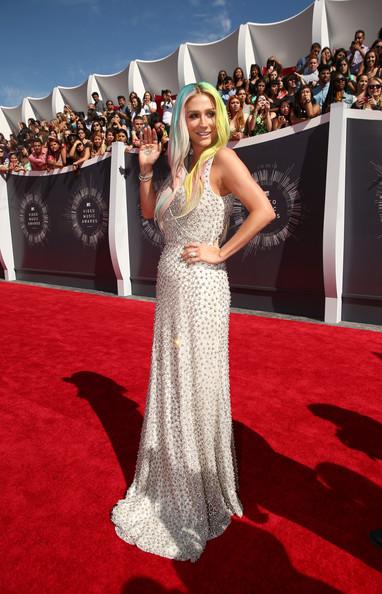 2014 MTV Video Music Awards Fashion - Kesha 2