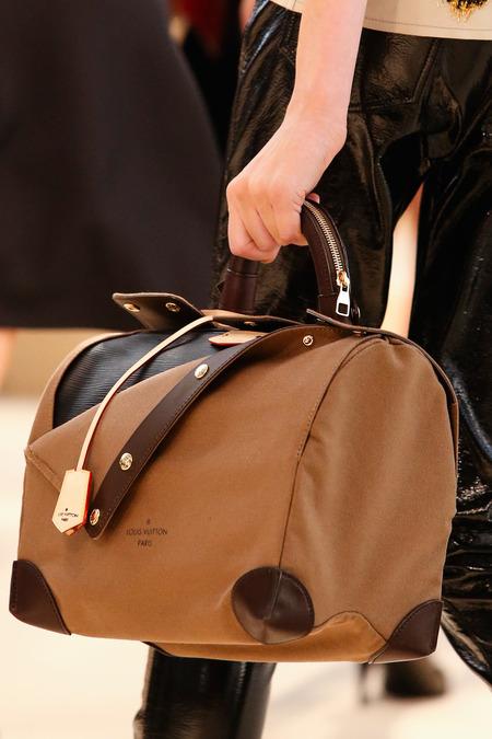 Fall 2014 - Winter 2015 Handbag Trends 14