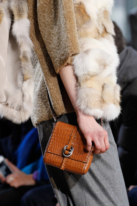 Fall 2014 - Winter 2015 Handbag Trends 18