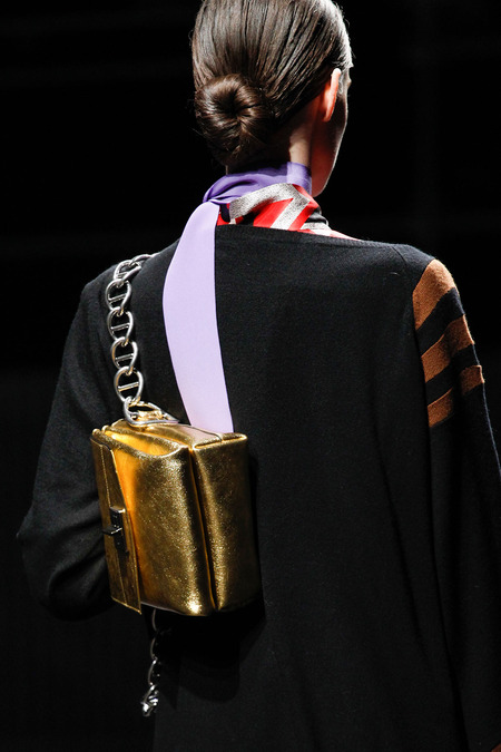 Fall 2014 - Winter 2015 Handbag Trends 19