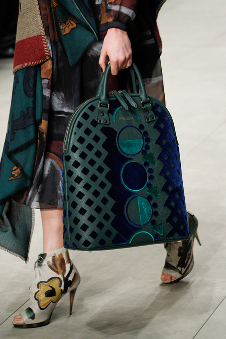 Fall 2014 / Winter 2015 Handbag Trends