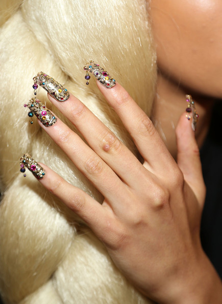 Celebrity Manicures: What's Hot in Nail Trends Summer 2012!