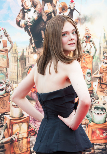 Elle Fanning Is A Brunette! See Her New Hair Color 4