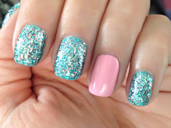 Homecoming - School Dance Nail Art Ideas 7