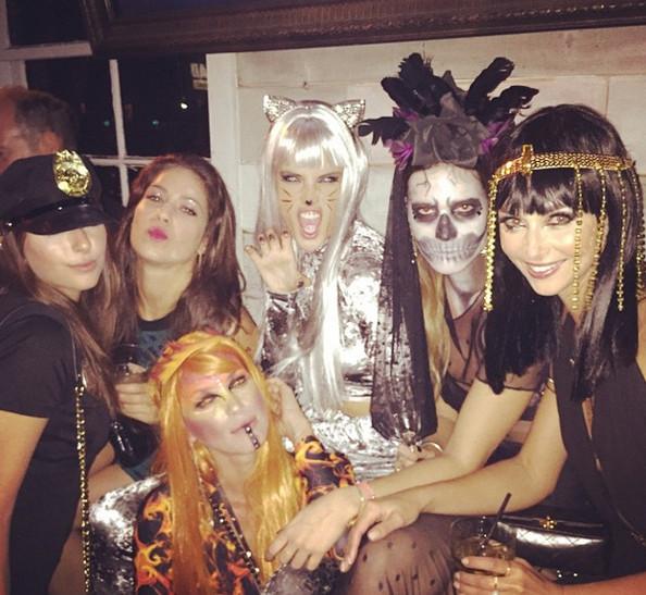 2014 Celebrity Halloween Costumes 10