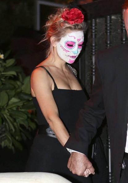 2014 Celebrity Halloween Costumes 15