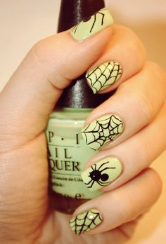 Halloween nail designs nail art trends 2014 halloween nail designs nail art trends prinsesfo Choice Image