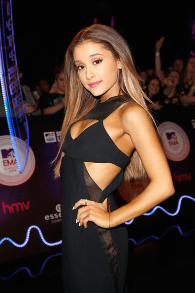 Ariana Grande Lets Her Hair Down At 2014 MTV EMA's 5