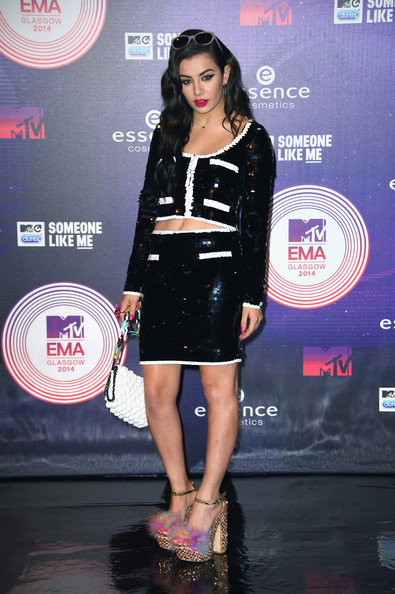 Best Dressed Fashion From The MTV EMA's 2014 7