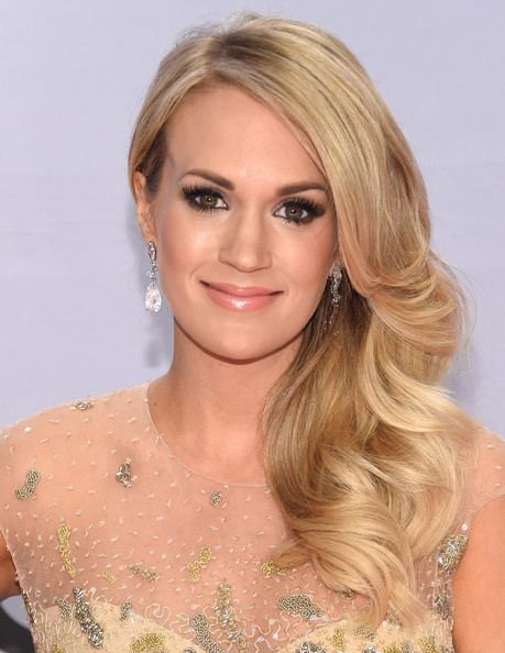 Best Hair & Makeup At The 2014 CMA Awards 15