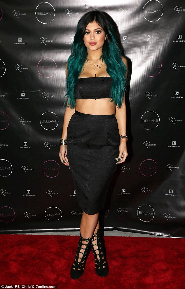 Kylie Jenner Shows Off Green Hair At The Launch Of Her New Hair Kouture Extension Line 2
