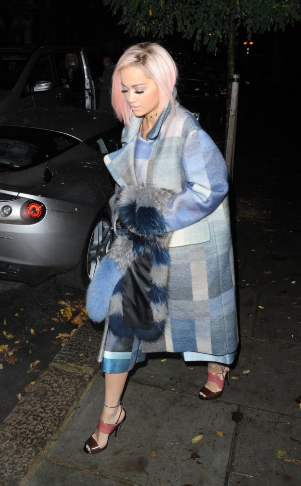 Peep Rita Ora S New Pink Bob This Might Just Be Her Best